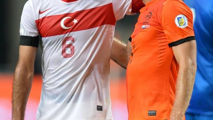 Milliler, Hollanda'yı 4-2 yendi