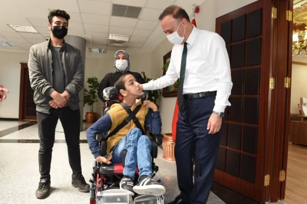 İki Engellinin Hayatı Kolaylaştı