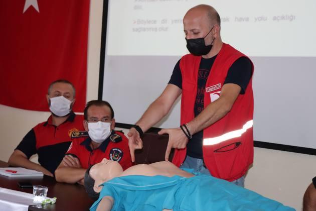İtfaiye personellerine temel ilkyardım eğitimi