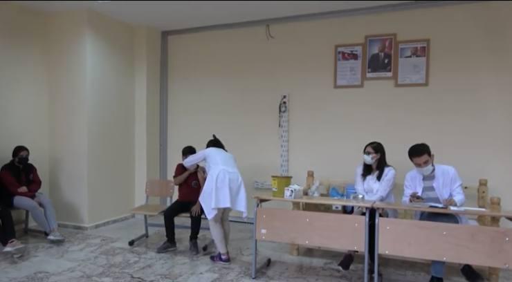 Okullarda Aşı Çalışmaları Devam ediyor