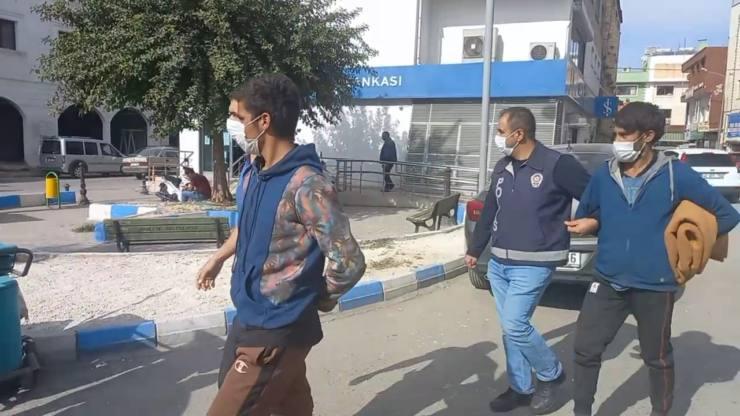 Kaçak Afganlar Yakalandı